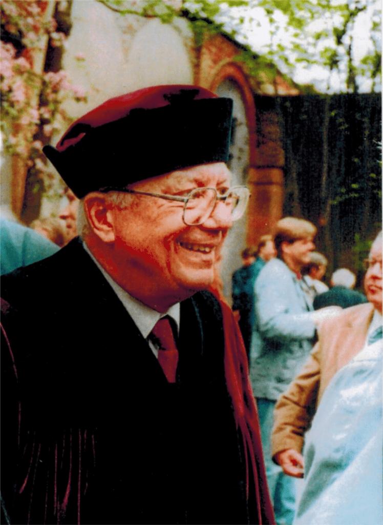 Prof. Dr. Dr. h.c. mult. Peter Landau, 1998